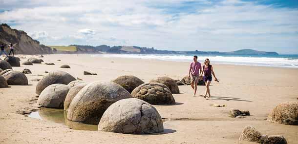 Plusieurs théories existent pour expliquer la formation de ces rochers ronds. Aucune n'est entièrement satisfaisante.