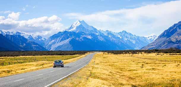 Le Mt Aoraki/Cook est le plus haut sommet de Nouvelle-Zélande. Il se situe sur l'Île du Sud et culmine à 3754 mètres.