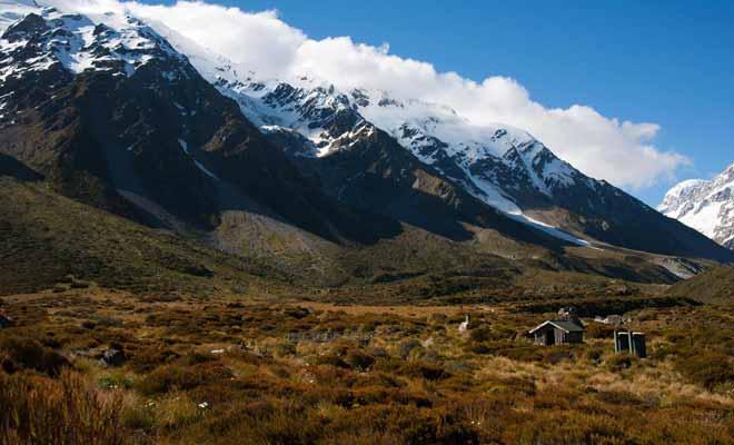 Les voyageurs qui achèvent leur visite sur l'île du Sud mettent le cap sur Christchurch. Le mont Cook est l'avant-dernière étape avant de quitter le pays des Kiwis.