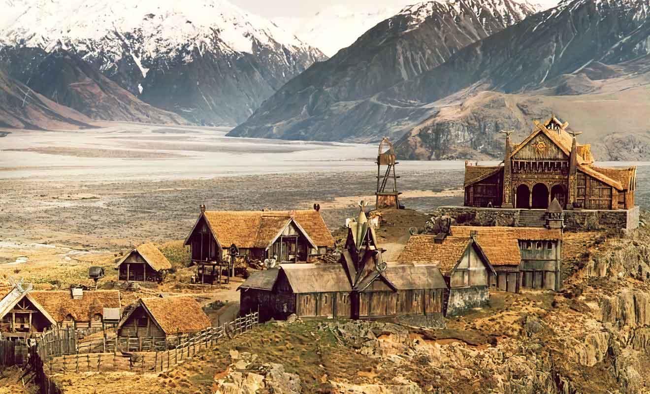 La vallée qui ne présentant aucun signe de modernité, apparaît telle quelle dans les films de Peter Jackson.