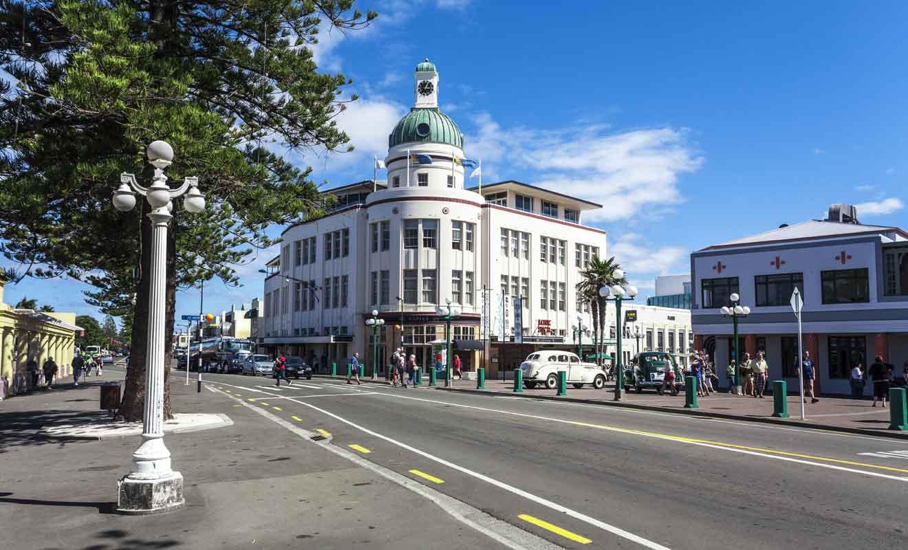 Se promener dans les rues de Napier, c'est un peu comme effectuer un voyage dans le temps.