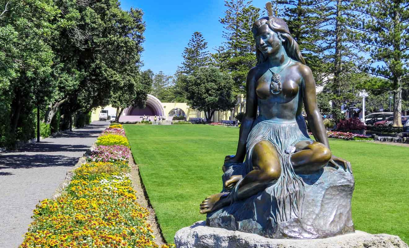 Cette statue a même été volée il y a quelques années puis retrouvée intacte quelques jours plus tard.
