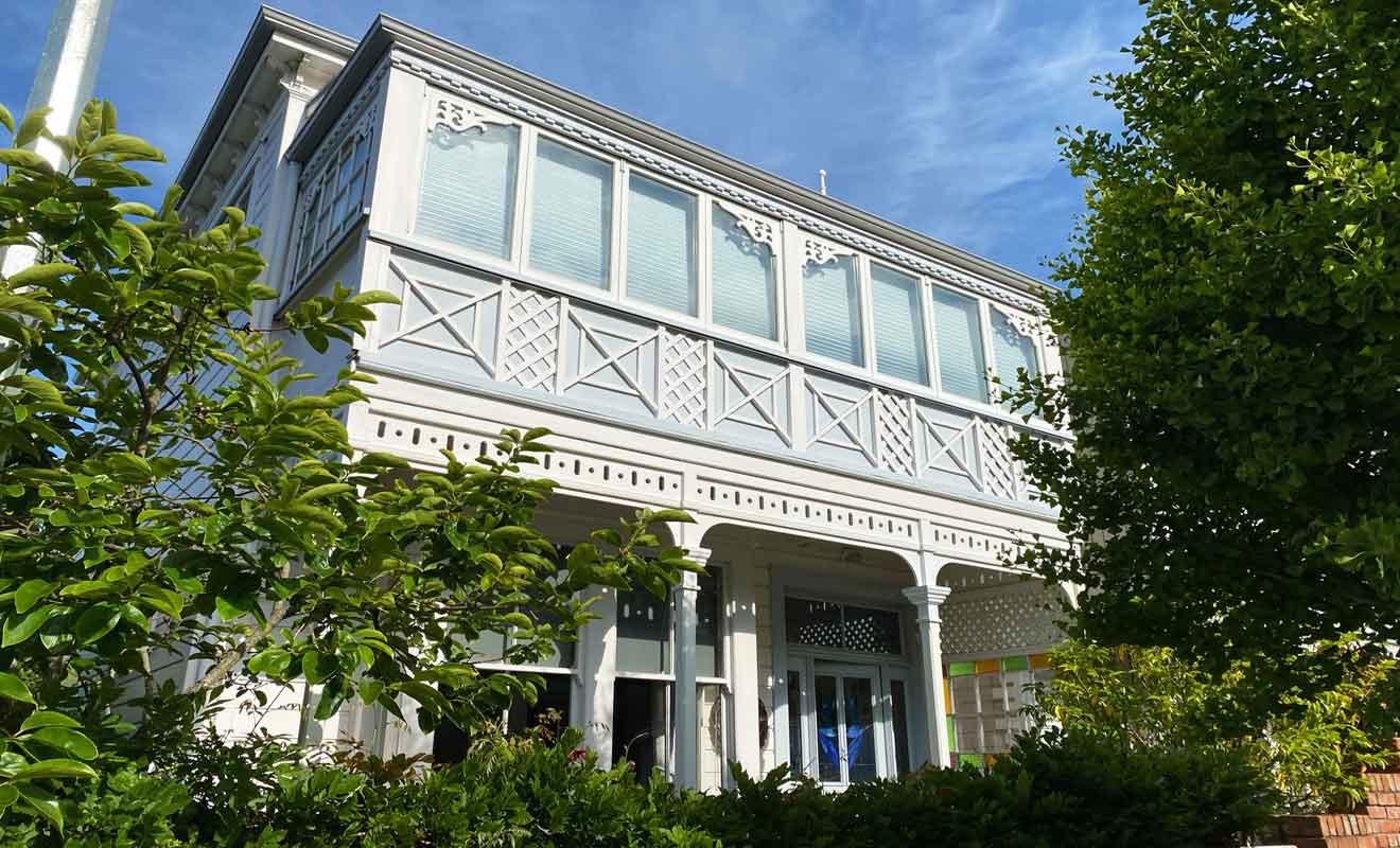 Une grande partie du charme de Nelson réside dans la beauté de ses demeures anciennes.