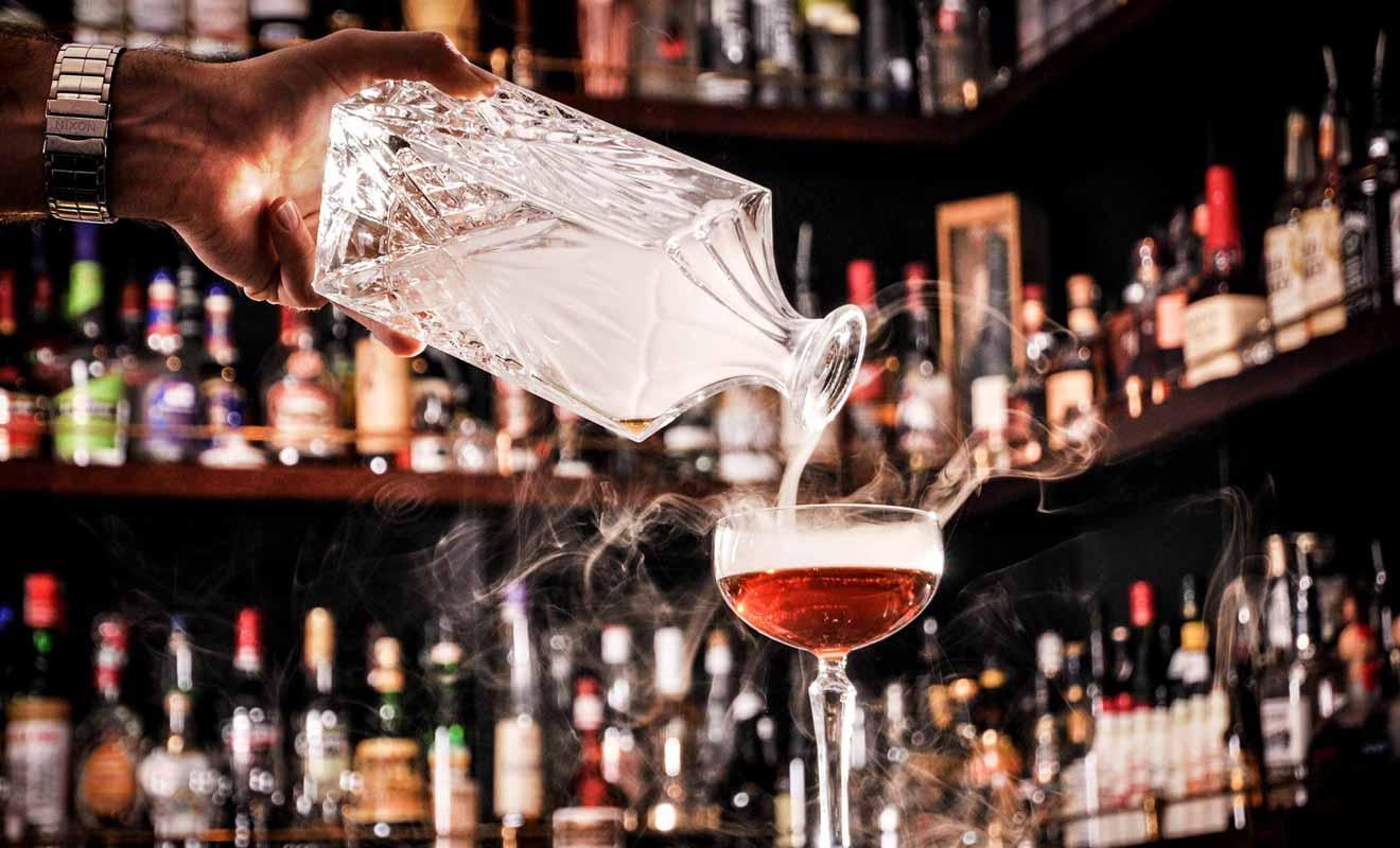 Avec plus de 40 cocktails originaux, le Cod | Lobster est bien plus qu'une simple brasserie, c'est aussi un bar branché ouvert tard en soirée.