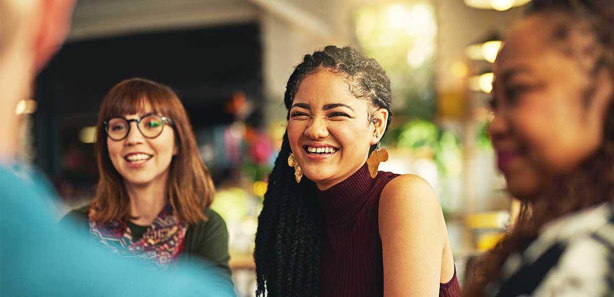 Les néo-zélandais parlent un anglais avec des expressions originales.