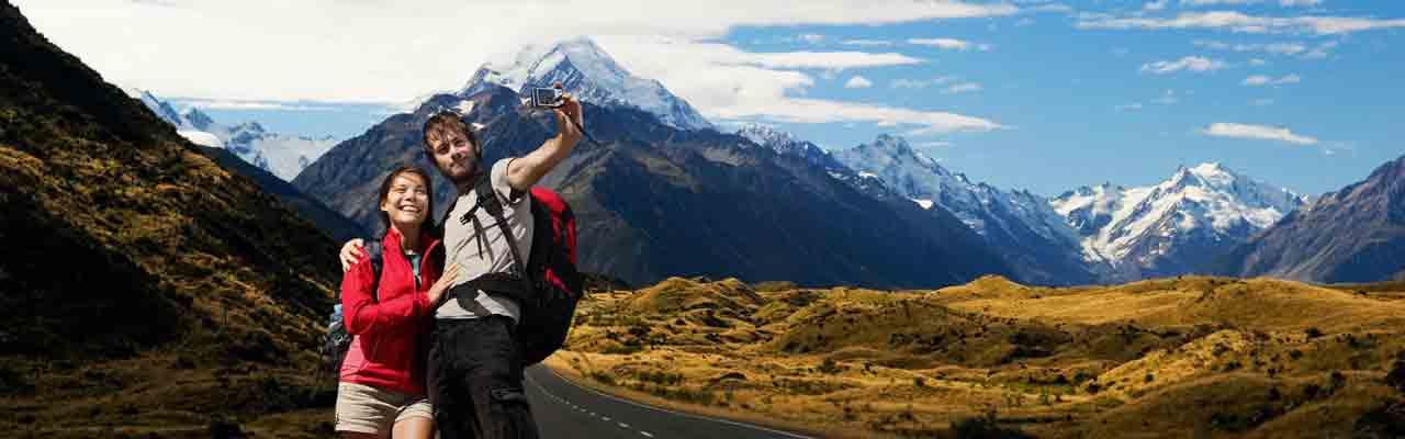 Le pays est connu pour ses paysages de montagne dignes du Seigneur des Anneaux.
