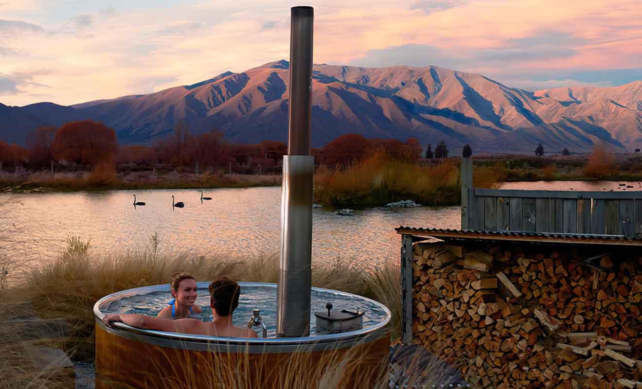Le village d'Omarama offre peu de loisirs, mais les bains bouillonnants en plein air sont très agréables.