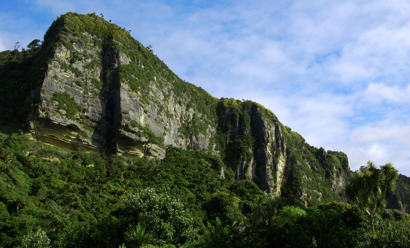 Remonter la rivière Porari en canoë permet de rejoindre un canyon spectaculaire.