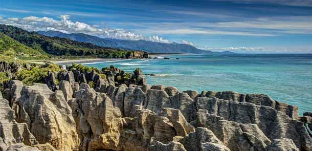 Les Pancake Rocks sont des roches vieilles de 33 millions d'années sculptées par l'érosion et les intempéries.