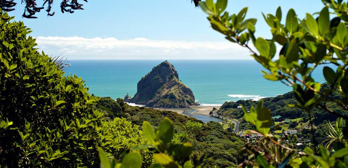 Cette plage de rêve se trouve en Nouvelle-Zélande et pas en Australie.