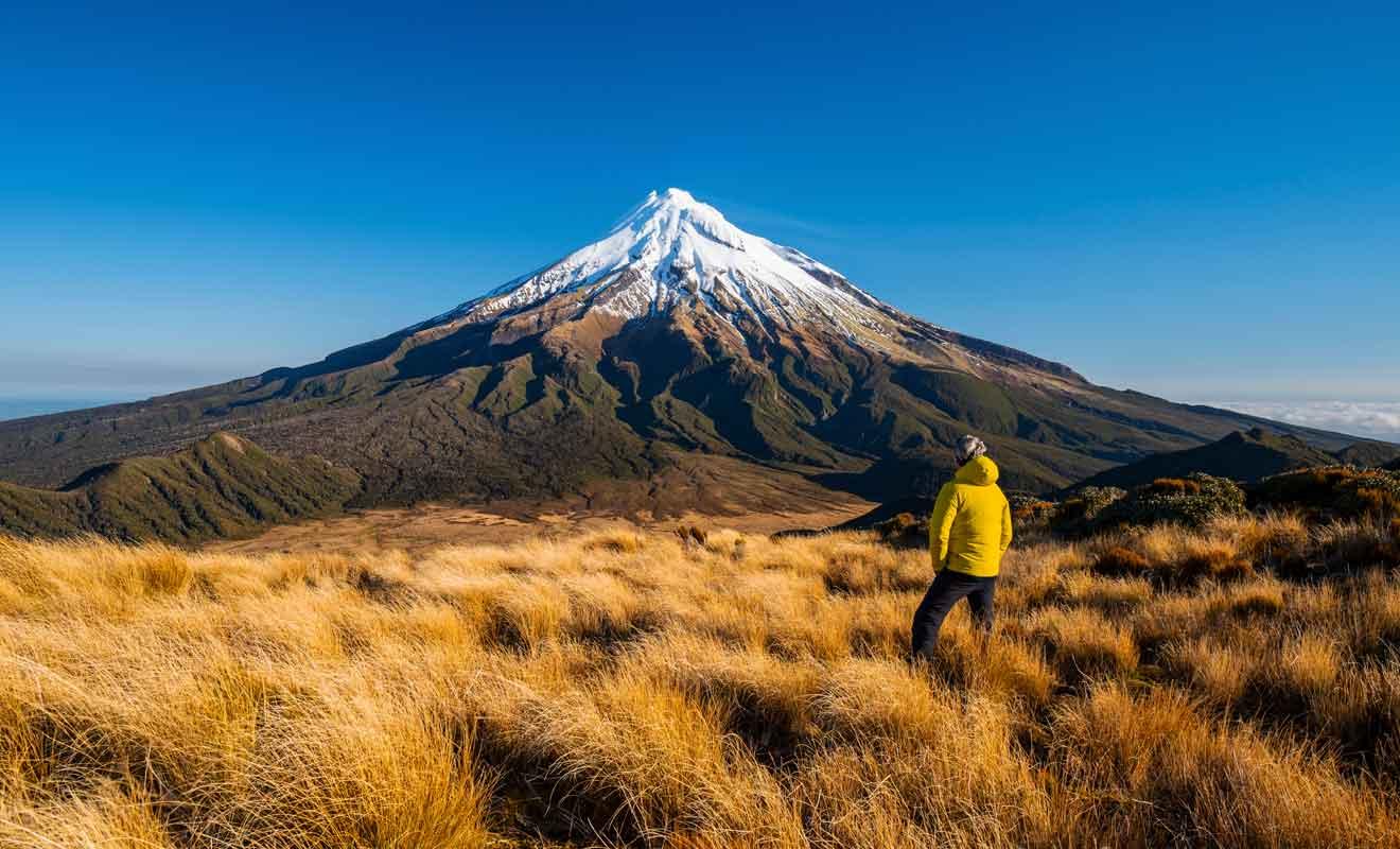 Cette randonnée de deux ou trois jours comporte des nuits dans des refuges de montagne en chemin.
