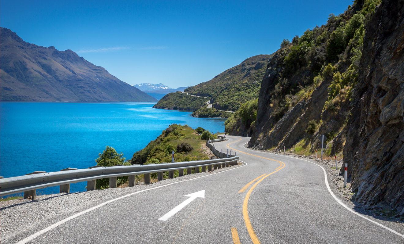 Lorsque vous préparez votre itinéraire en Nouvelle-Zélande, il est recommandé de prévoir une marge de manœuvre pour improviser des pauses sur le bord de la route afin d'admirer le paysage. Et croyez-nous sur parole, ce ne seront pas les occasions qui manquent à l'appel !