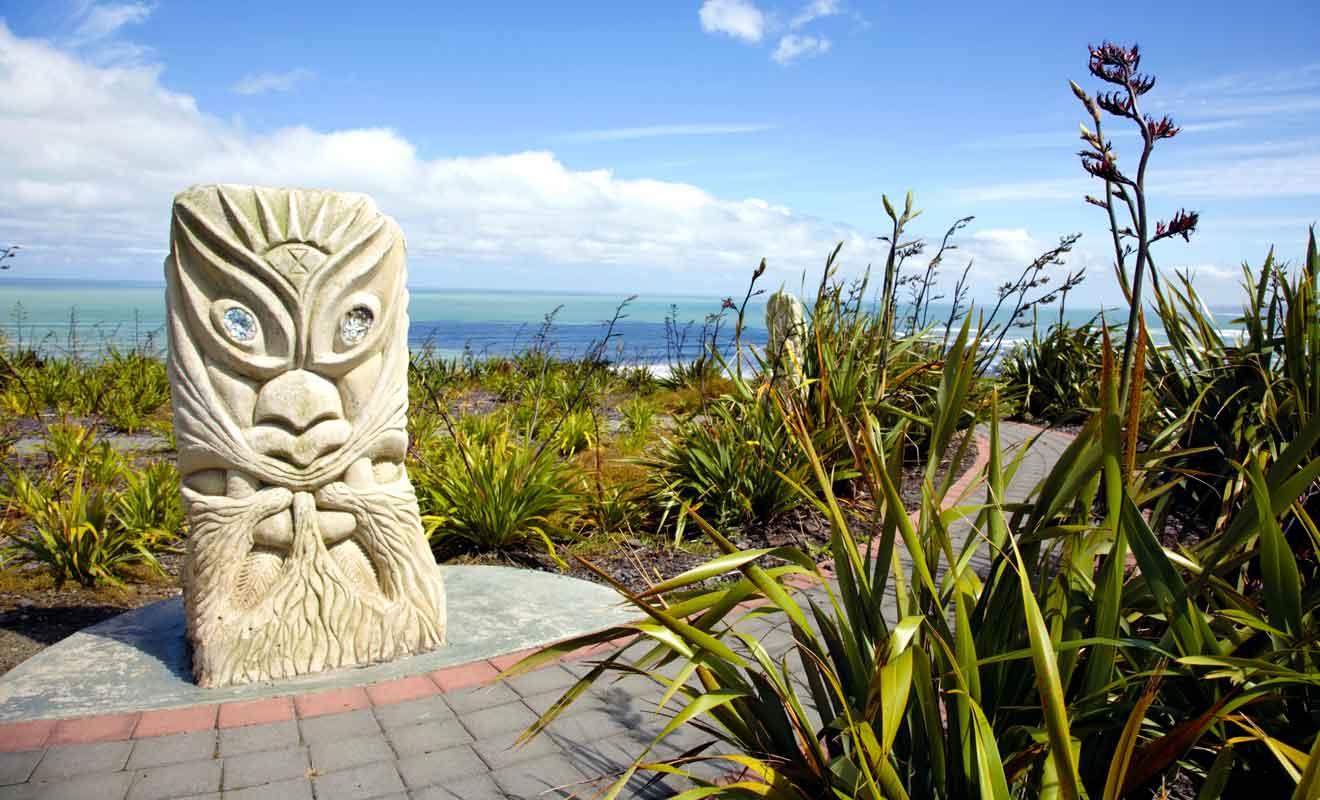 Les quatre statues ont été réalisées par un collectif de sculpteurs de la région.