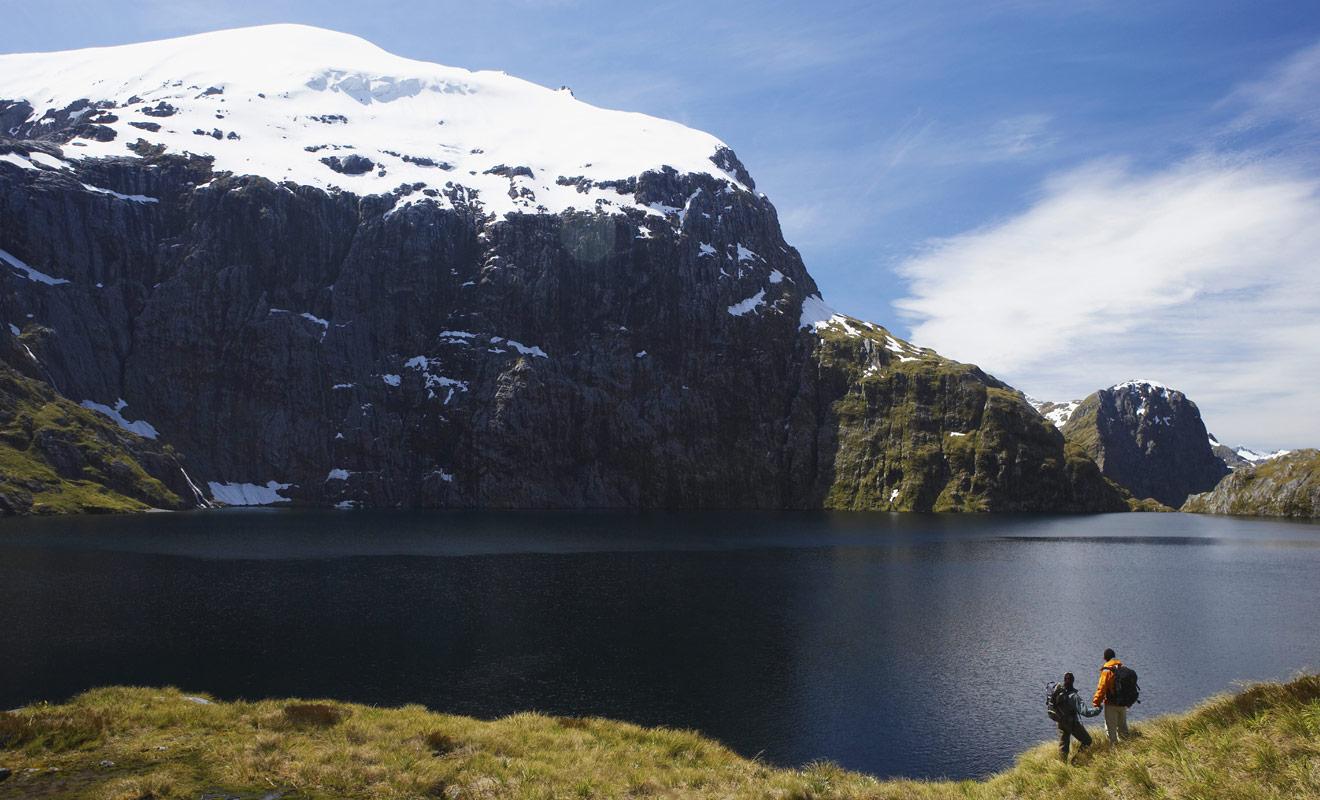 La Nouvelle-Zélande tout entière rappelle les films de Peter Jackson. Inutile de chercher à retrouver les lieux exacts de tournage, vous serez plongé dans l'univers de la terre du milieu de Tolkien.