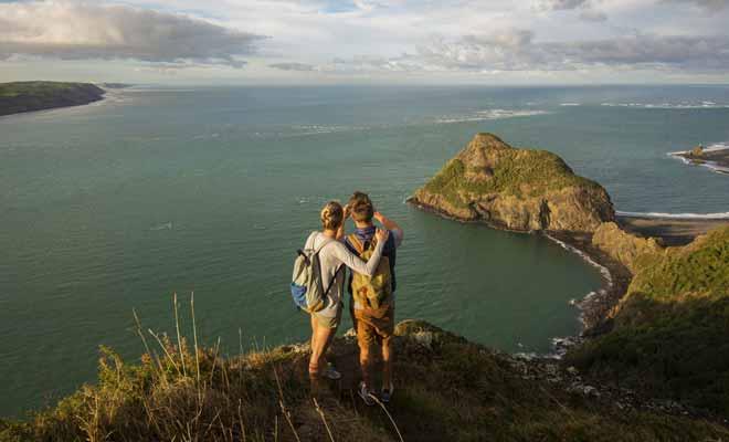 Il est possible de visiter la Nouvelle-Zélande sans pratiquer la randonnée, mais les plus beaux paysages du pays se méritent et justifient bien quelques heures de marche.