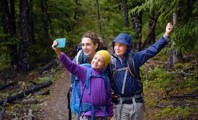 Si les vacances en famille laissent des souvenirs impérissables, les parents en sont toutefois quitte pour une organisation importante.