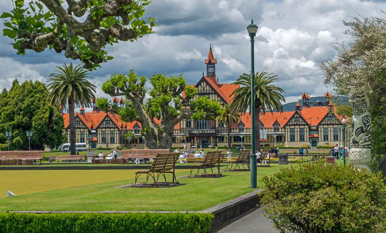 La plus importe communauté maorie se trouve à Rotorua.