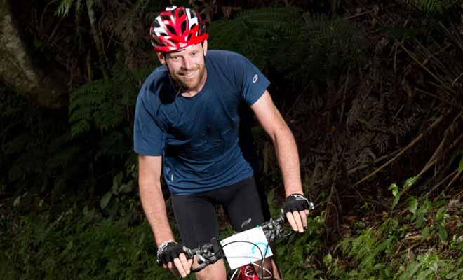 Il existe de nombreuses balades à vélo que vous pouvez suivre à Rotorua, qu'il s'agisse de faire le tour du lac ou d'explorer la forêt de Redwood et ses dizaines de kilomètres de pistes aménagées.