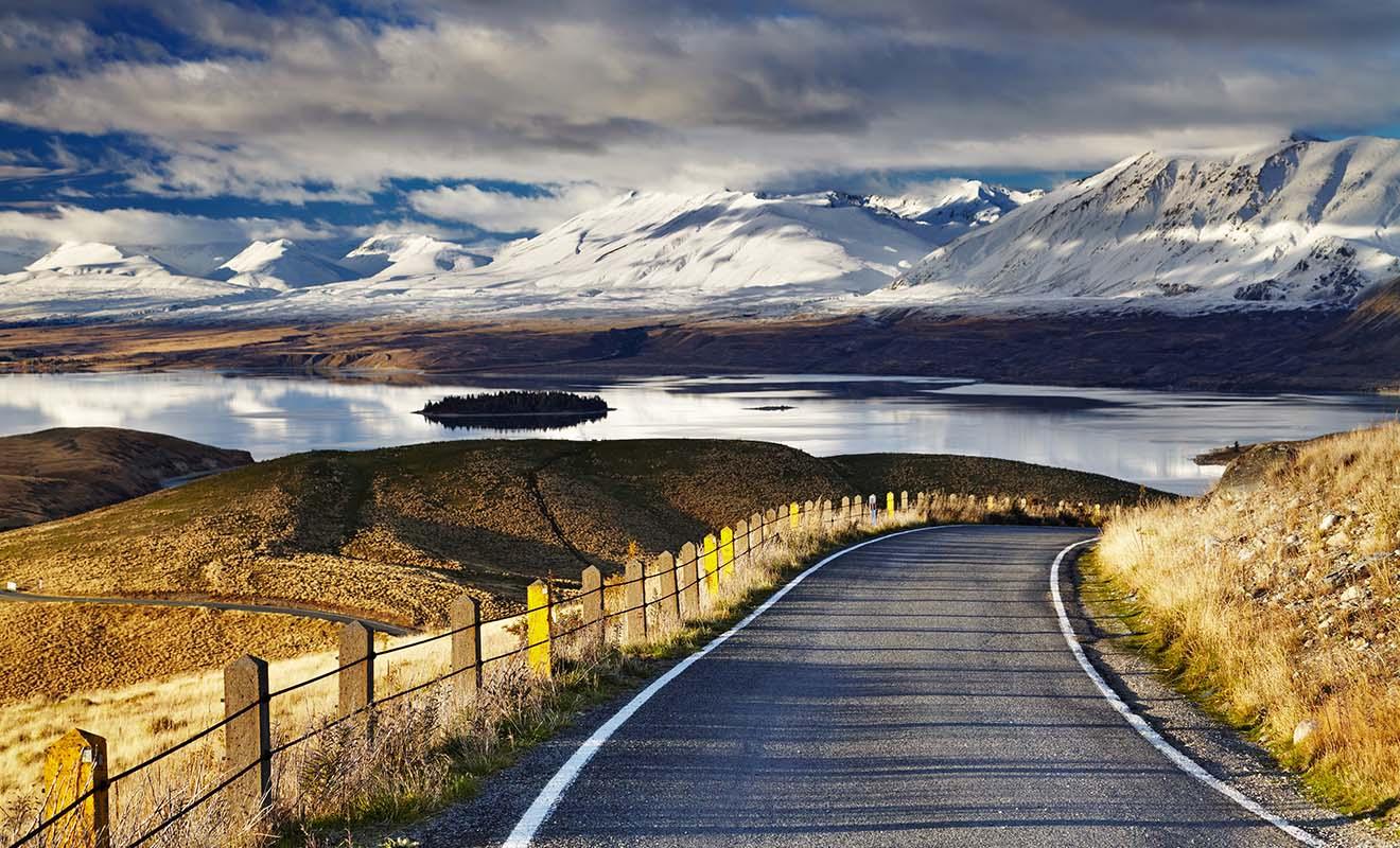 Libéré de ses touristes, le pays respire et les routes se vident peu à peu.