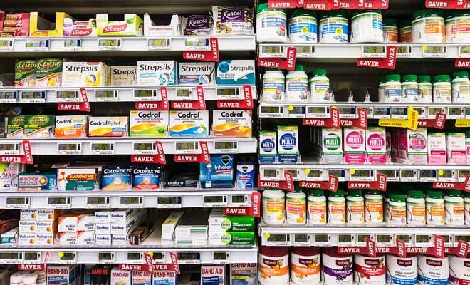 Cela peut sembler surprenant, mais l'on trouve des médicaments en libre service dans les supermarchés de Nouvelle-Zélande. Ce sont bien entendu, des médicaments sans ordonnance.
