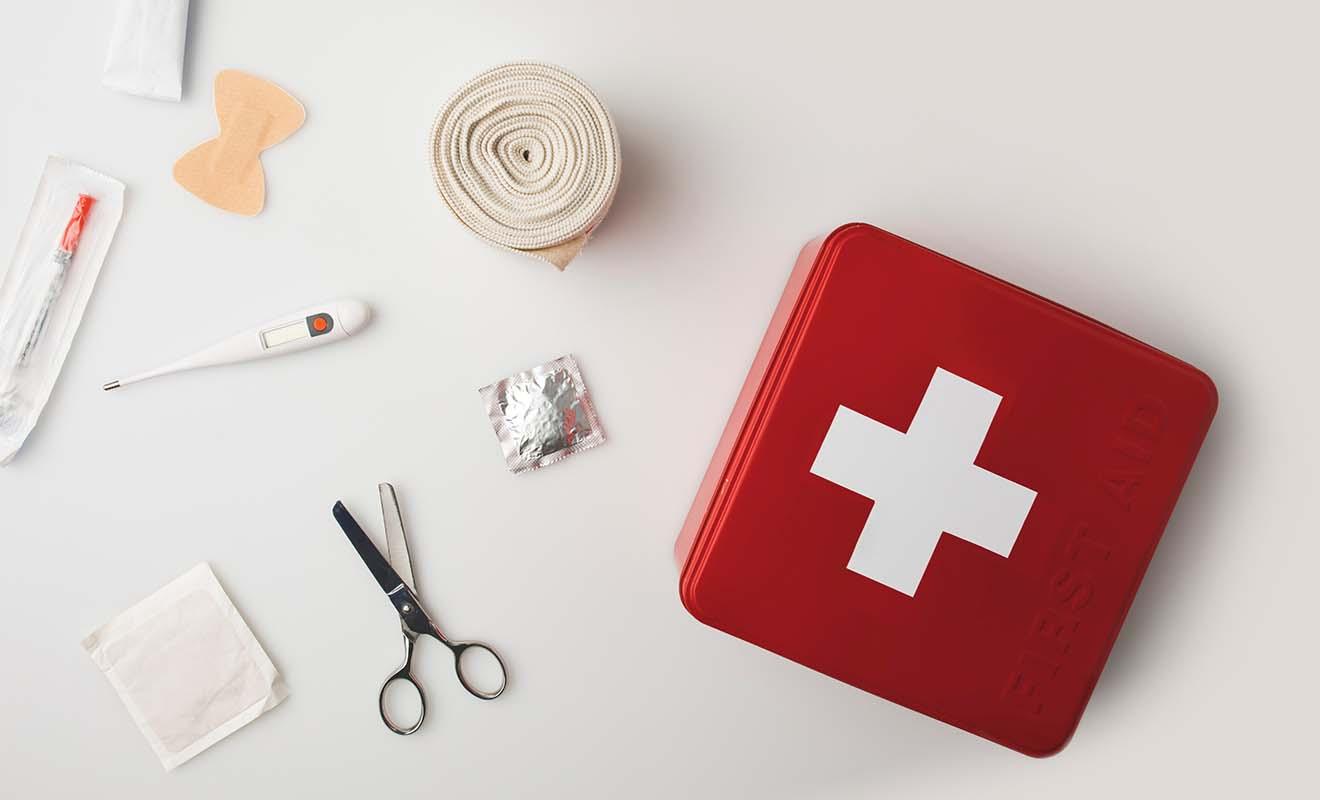 Les médicaments sont contrôlés par le service des douanes, alors n'oubliez pas d'emporter vos ordonnances.
