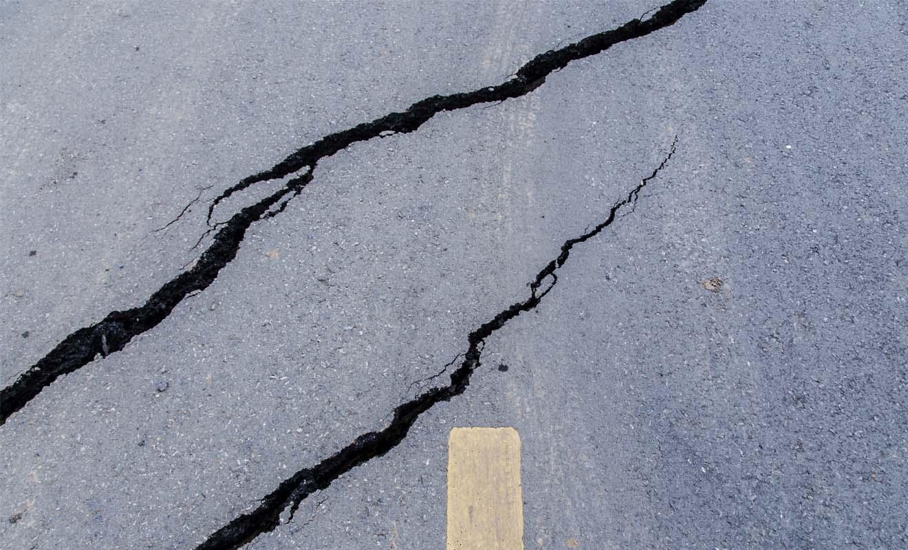 La plupart des séismes sont imperceptibles, et ils ne causent pas de dégâts, ou alors seulement des dégâts mineurs facilement réparables.