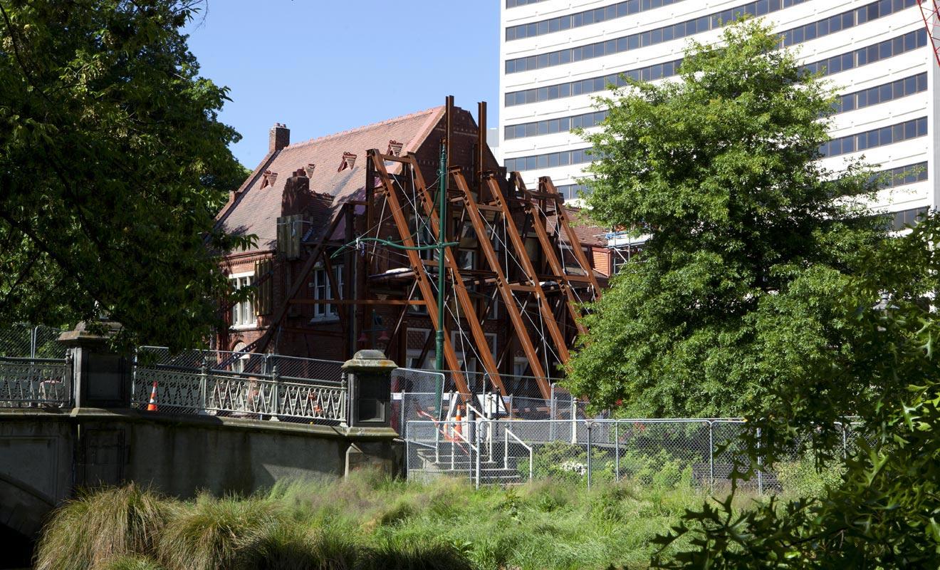Christchurch se relève peu à peu du grand séisme qui l'a durement frappée en 2011 et fait une centaine de victimes.