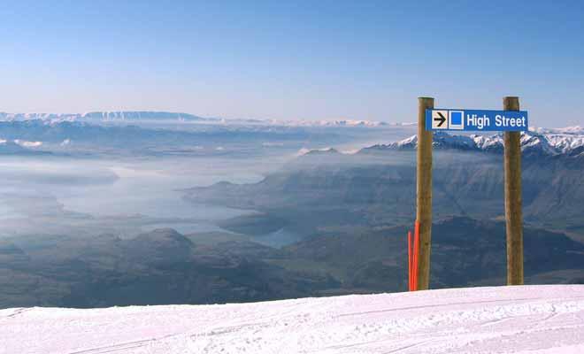 Les pistes de Treble Cone ne sont pas recommandées aux débutants. En revanche, si vous êtes un bon skieur, vous profiterez de pistes exceptionnelles et de panoramas de rêve.