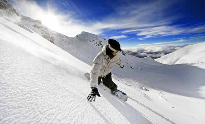 Si vous visitez la Nouvelle-Zélande pour la seconde fois, vous avez peut-être envie d'essayer de nouvelles activités. Pourquoi ne pas envisager un séjour en juin pour faire du ski ?