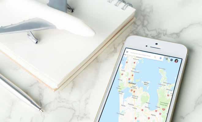 Fini les cartes routières, le smartphone et le GPS sont infiniment plus pratiques.