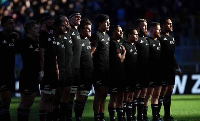Obtenir des places pour un match de la mythique équipe des All Blacks n'est pas chose aisée car le décalage horaire vous oblige à réserver de nuit.