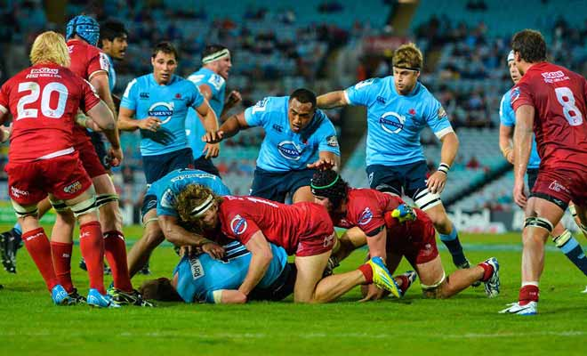 Si vous n'avez pas les moyens de voir un match des All Blacks, vous pouvez assister à une compétition de Super Rugby dont le niveau est particulièrement relevé.