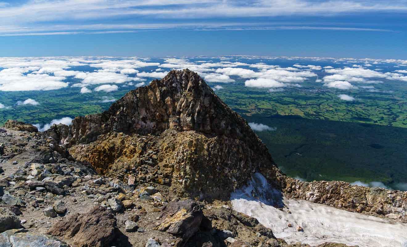 Par temps clair on peut apercevoir le Mt Tongariro à 130 km dans le plateau central.