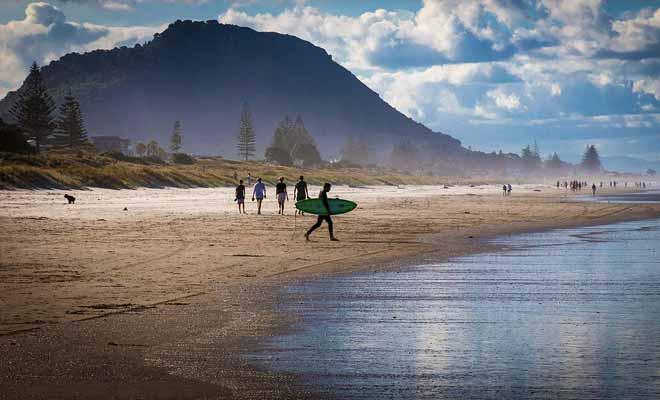 Les températures plus basses ne vous nullement de vous amuser à la plage, mais il faudra porter une combinaison pour pratiquer le surf par exemple.