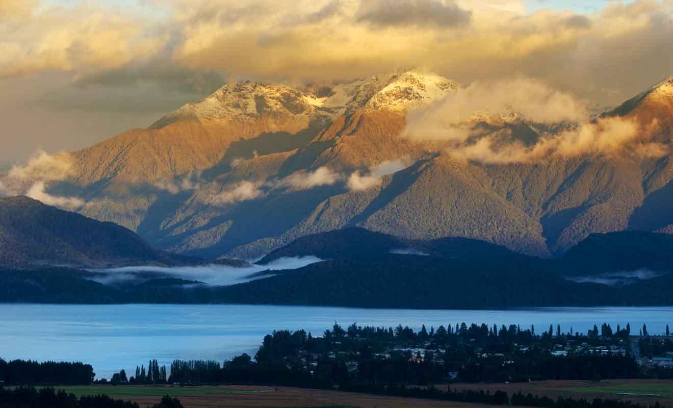 Contrairement au lac Taupo, Te Anau n'est pas d'origine volcanique.