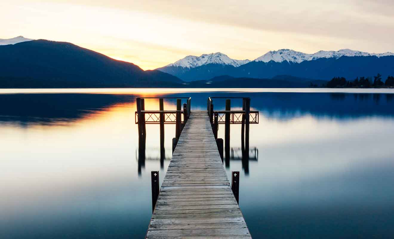 Kiwipal vous recommande de passer la nuit à Te Anau pour explorer la région dans des conditions optimales.