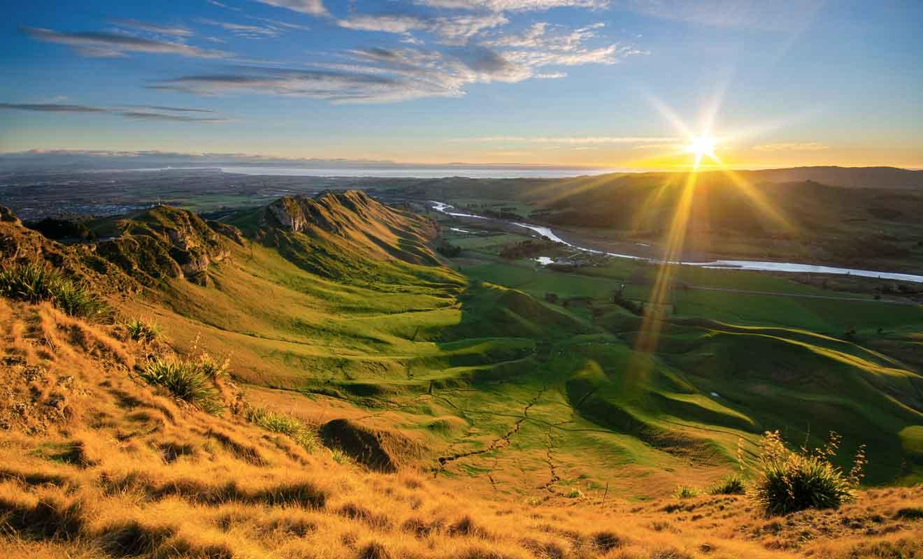 L'idéal consiste à assister au coucher du soleil au sommet de Te Mata PEak.