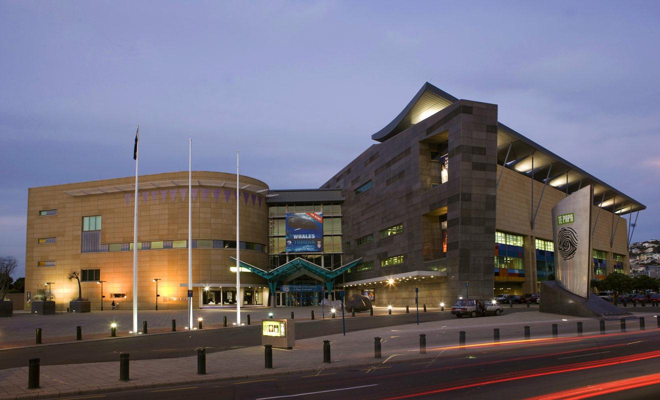 Le Te Papa Tongarewa est l'un des musées les mieux conçus au monde, et les expositions privilégient la qualité à la quantité dans de grands espaces.