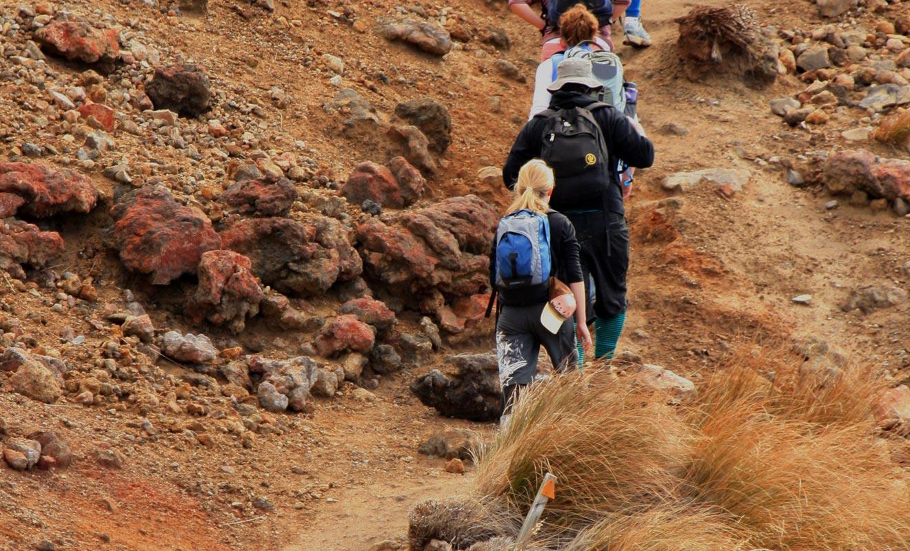 La phase d'ascension de Devil's staircase est difficile, car la pente est assez raide. Mais la véritable difficulté réside dans le fait que les voyageurs avancent en file indienne, ce qui ne permet pas de doser son effort facilement.