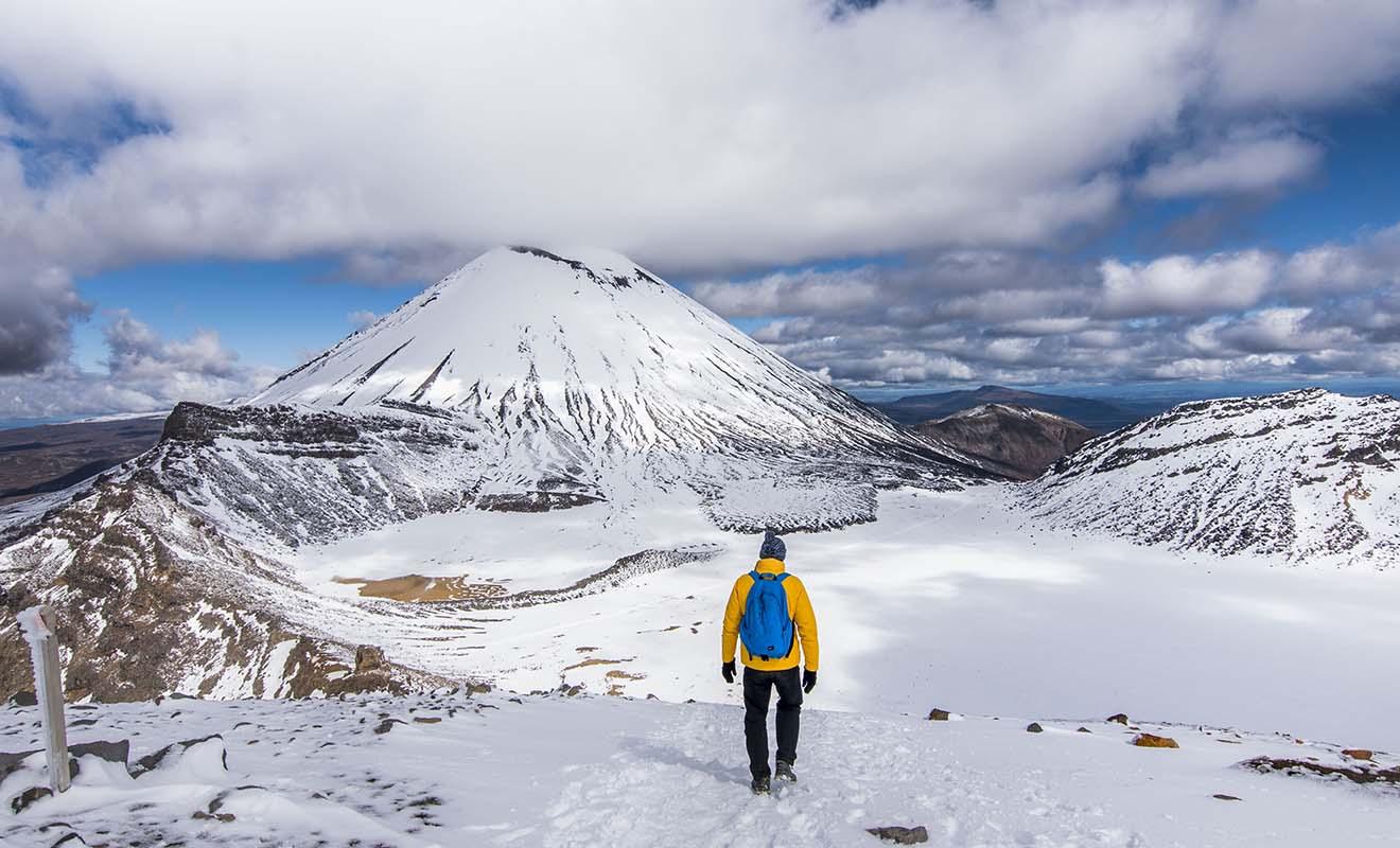 Si la plupart des randonnées sont accessibles en hiver, celles en altitude peuvent être sous la neige !