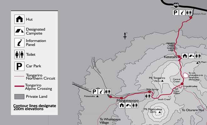 La carte de la randonnée montre le trajet à franchir depuis le parking de Mangatepopo jusqu'à celui de Ketetahi.