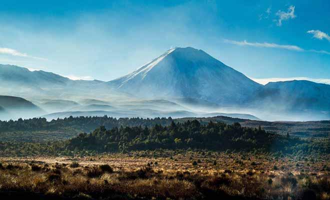 Même s'il fait plus froid, la basse saison ne décourage pas certains visiteurs, et ils ont raison, car la Nouvelle-Zélande ne perd rien de sa superbe.