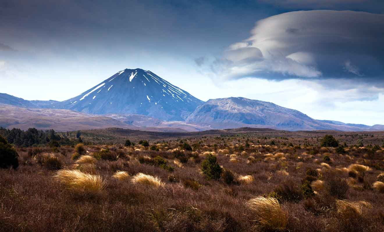Si l'on en croit la légénde maorie, le dieu Tongariro a chassé le dieu Taranaki.