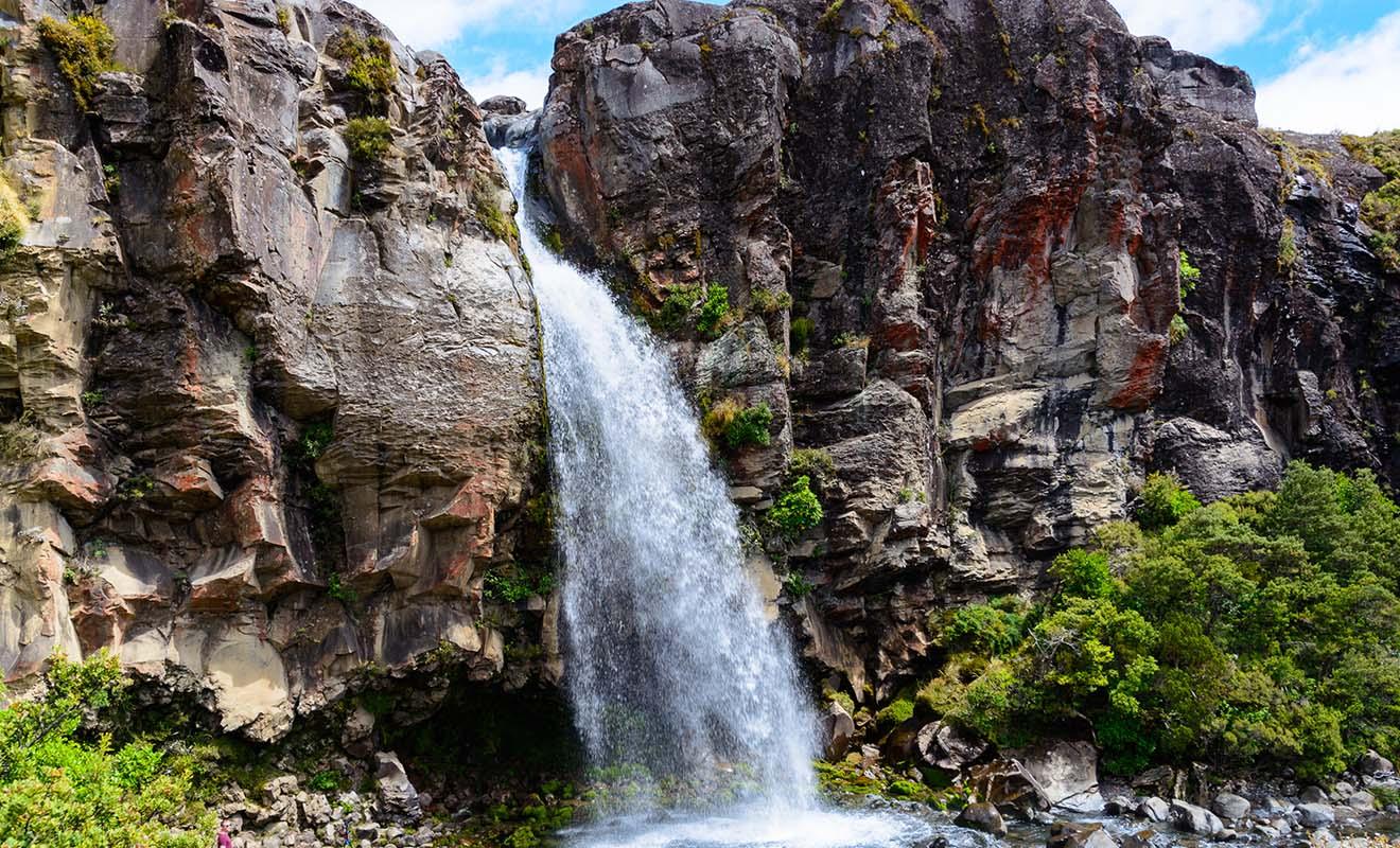 Le Tongariro est un parc national dont le Tongariro Crossing n'est pas la seule randonnée, loin s'en faut ! Une chance pour les voyageurs qui veulent visiter la région sans réaliser un trek épuisant.