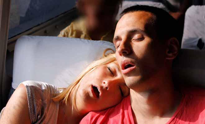 Si vous dormez durant le trajet, il passera plus vite mais vous aurez manqué tout le spectacle.