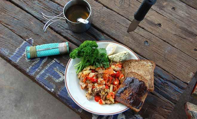 Le Vegemite est présent sur les tables de petit-déjeuner. Il y a peu de chances que vous appréciez cette pâte à tartiner très salée.