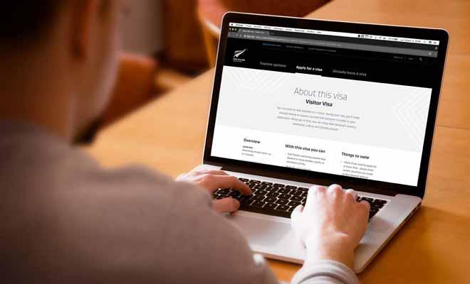 Vous pouvais réaliser votre demande de visa directement par Internet, ou par courrier ce qui prendra en revanche beaucoup plus de temps.
