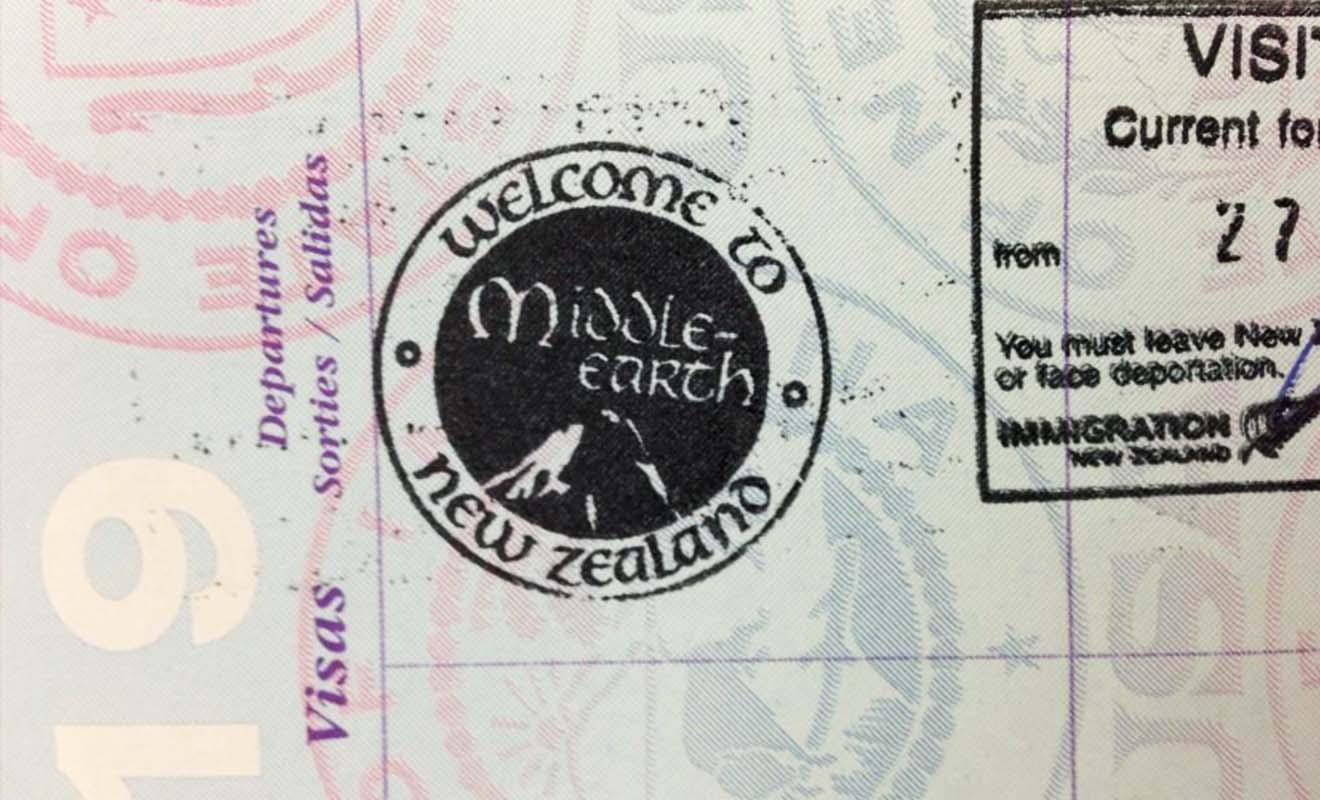 Le visa gratuit sera tamponné sur votre passeport avant l'entrée dans le pays. Il fait parfois référence à la trilogie de Peter Jackson.