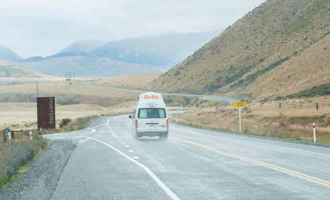 Kiwipal vous recommande de souscrire une assurance complémentaire contre le bris de glace. Le rachat de la franchise est également souhaitable pour pouvoir voyager l'esprit tranquille.