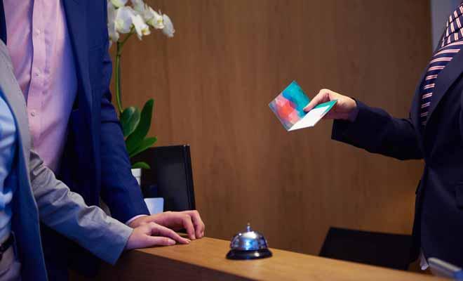 Vous n'avez pas besoin d'avancer tous les frais lorsque vous réservez votre hébergement sur booking.com. Dans la majorité des cas, vous réglez la note en quittant l'hôtel sur place, ce qui vous évite d'avancer les frais comme avec certaines agences de voyages.